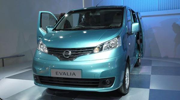 Spesifikasi Harga Nissan Evalia