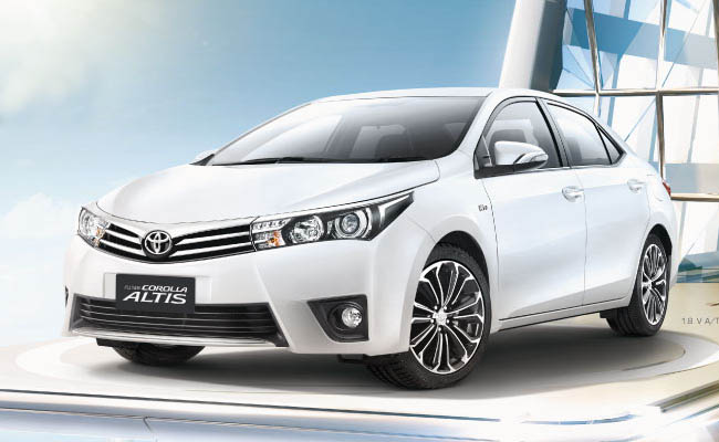 Spesifikasi & Harga Toyota Corolla Altis 2018
