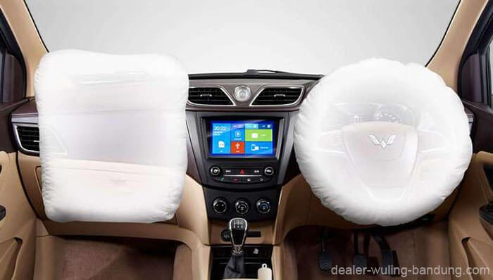 Dual Front SRS Airbags