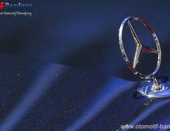Kalahkan BMW dan Audi, Mercy Jadi Raja Mobil Mewah Dunia