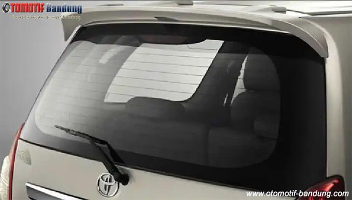 Melapisi Kaca Film Mobil yang Memiliki Defogger